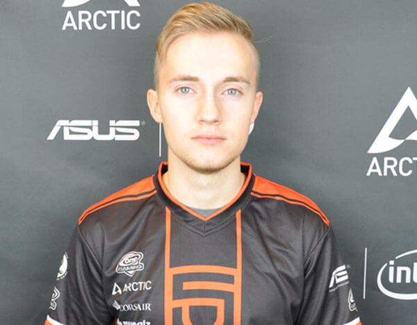 Jeemzz - player of Team Liquid